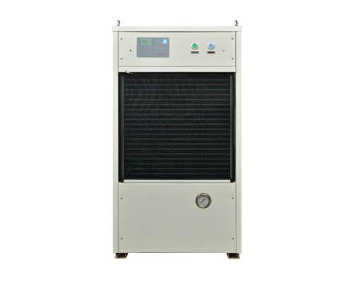 液体冷却机